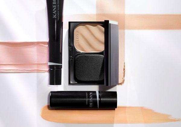 2021底妆推荐:最新必买饰底、粉饼、气垫, 全新底妆,戴口罩也不脱妆、随时保持完美无瑕肌!