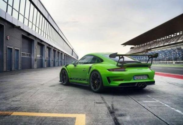 保时捷新款911 gt3 rs官图发布 3月亮相