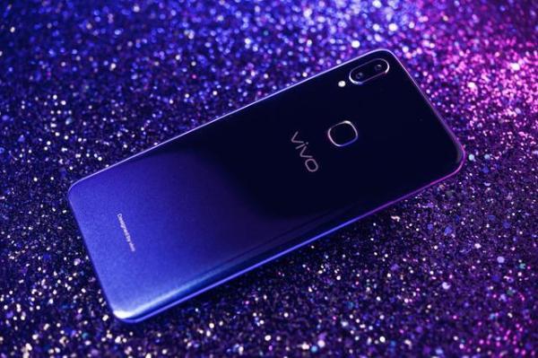 国产手机扎堆推出独立子品牌:双品牌战略能成为破局之匙?