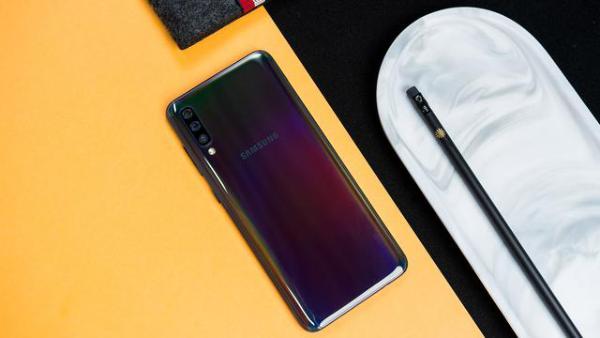 618最值得入手新机 三星Galaxy A70带给你全方位的越级体验_驱动中国