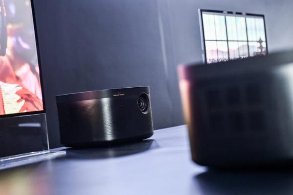 极米发布极光RS Pro、H3和Z8X三款智能投影 画质和易用性跨时代升级