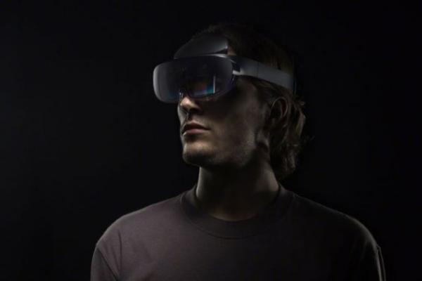 OPPO未来科技大会:AR眼镜、5G CPE、屏下摄像头等新品、技术亮相
