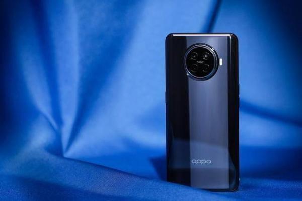 全场景闪充体验,OPPO Ace2搭载最强充电组合,全渠道热销中