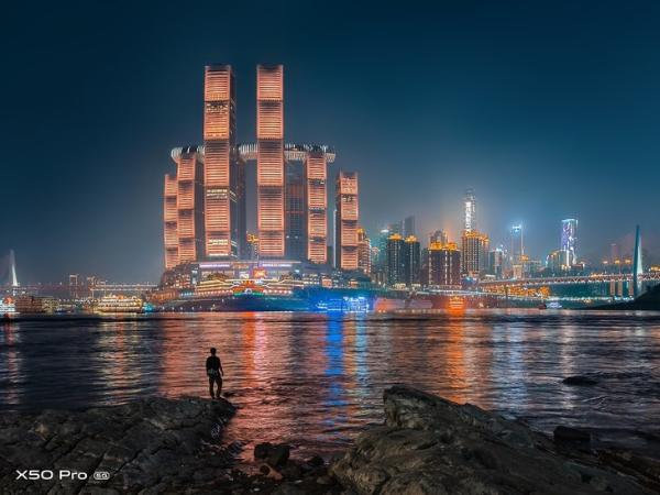 用影像发现夜色美好 vivo X50系列让夜色拍摄更精彩