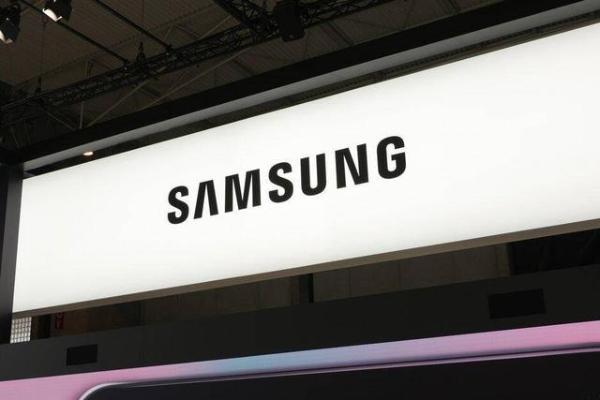 三星Galaxy Z Fold 2折叠屏官宣:8月5日发布