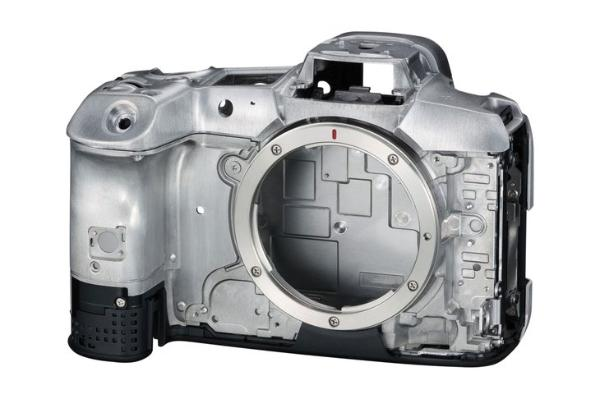 4500万像素可拍8K 全画幅专微旗舰佳能EOS R5发布