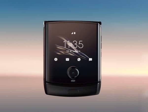 摩托罗拉将推出首款5G折叠屏手机