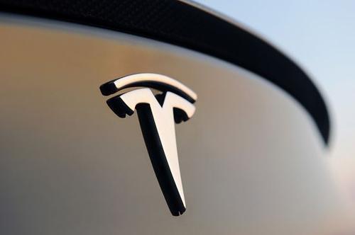 特斯拉落地海南,将进行环岛超级充电桩的布局