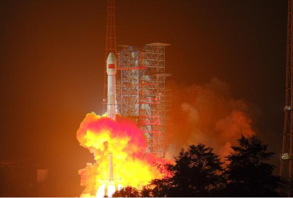 构建天地一体化移动通信网络,我国成功发射天通一号02星