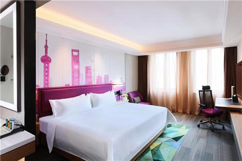 上海虹桥国家会展中心希尔顿欢朋酒店8月30日开幕