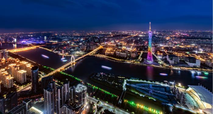 婀娜多姿一塔倾城 广州塔不仅仅是个城市地标