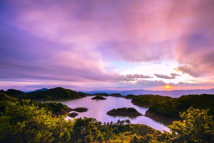 旅游扶贫 | 生态、旅游、扶贫 桂林龙胜各族自治县如何打好三张牌?