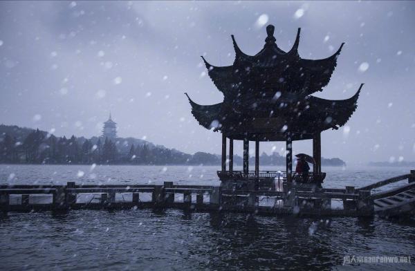 西湖下雪西湖景点自由行攻略让你住宿雪后西201肇庆领略攻略图片
