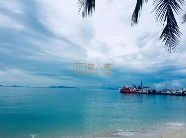 苏梅岛位于泰国湾,是泰国的第三大岛,苏梅岛最大的魅力来自于它的