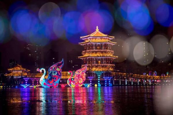 如何打造一场爆款灯会?美团门票携手大唐芙蓉园探索春节民俗新玩法