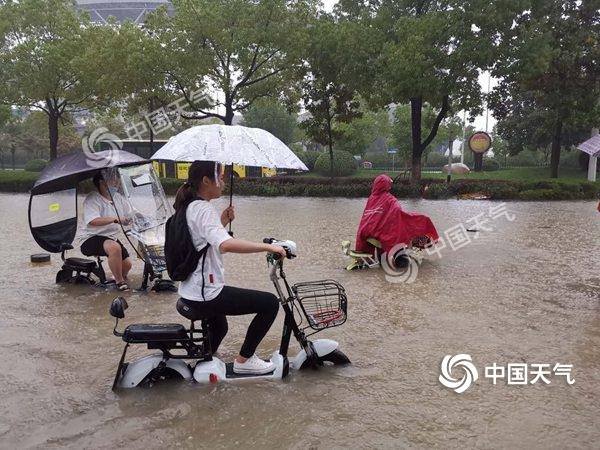 安徽昨日雨势猛烈合肥出现严重内涝 今日多地仍有暴雨