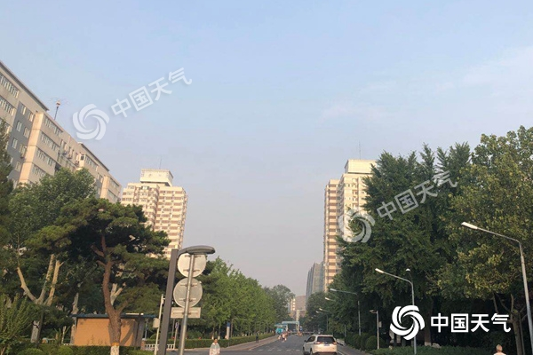 北京今天雷阵雨来袭 风力较大阵风可达7级