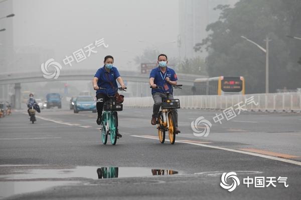 北京多区已发布雷电和暴雨预警 今天傍晚起将有明显雷雨