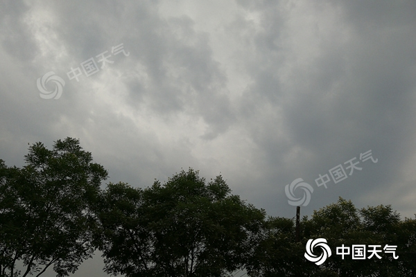 内蒙古明起再迎大范围降水 中西部和东北部局地雨势强劲