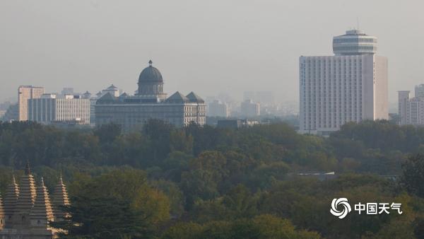 北京大部已现轻度污染 能见度明显下降
