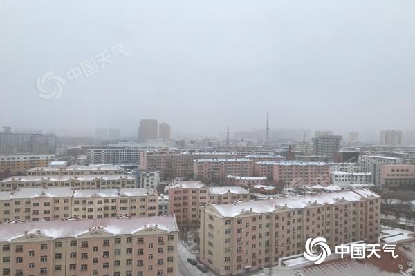 内蒙古东部将有降雪 西部部分地区沙尘来袭