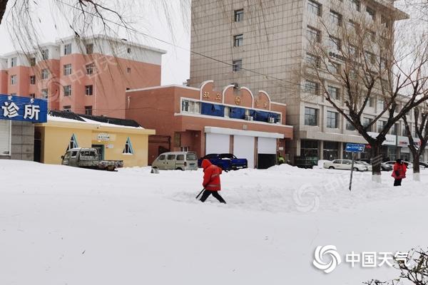 雨雪+降温!内蒙古赤峰等地今日有中雪 大部最高气温跌破冰点
