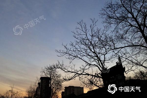 北京今明天气温上升 周末冷空气再袭最高气温跌至冰点