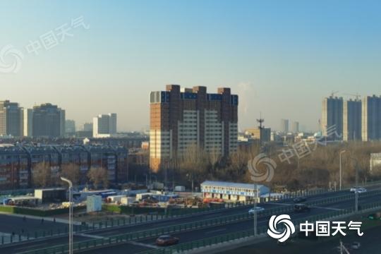较强冷空气携风雪侵袭内蒙古 局地降温将超10℃