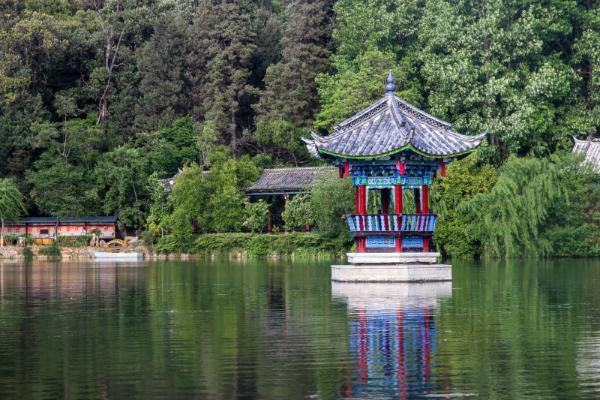 丽江旅游必去的景点都有哪些呢?