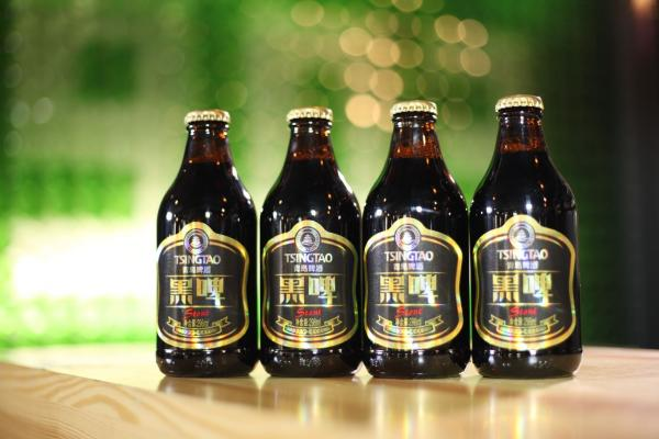"""青岛啤酒荣获""""世界啤酒锦标赛""""金奖和""""欧洲啤酒之星""""大奖"""