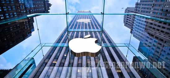 苹果涨价 特朗普发声:把工厂撤回美国