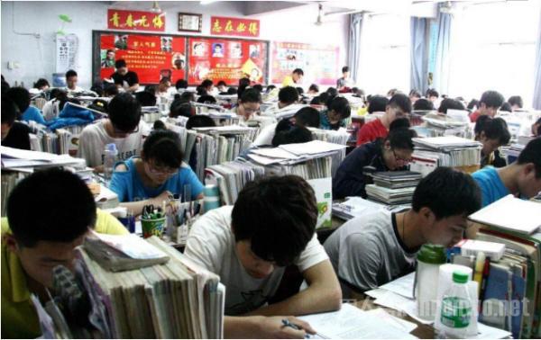 百名学生无法高考怎么回事?民办学校怕是假学校?