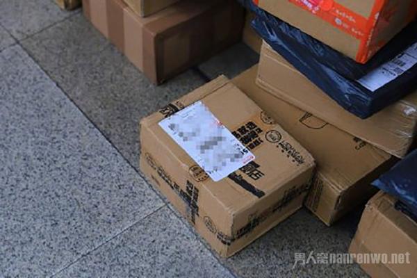 快递业回收再使用包装箱2亿个 网友:建议全国普及