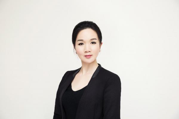 迈童科技董事长黄芳荣获上股交中心评奖
