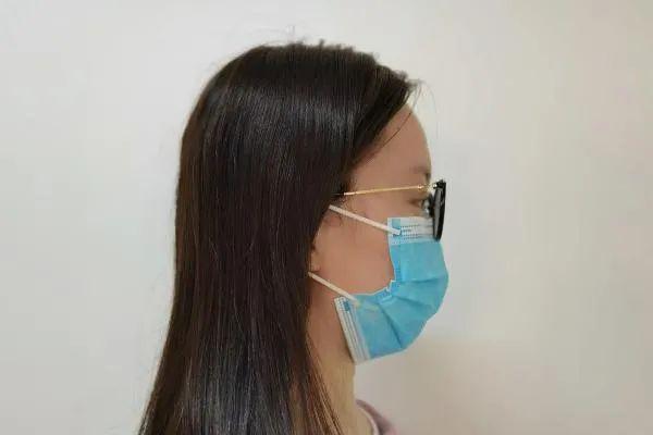 疫情防控!将口罩拉至下巴处是错误习惯