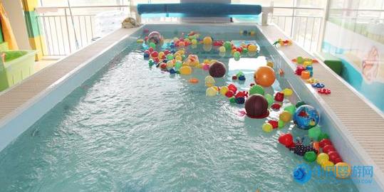 婴儿水育拓展注意事项,婴儿游泳馆必备