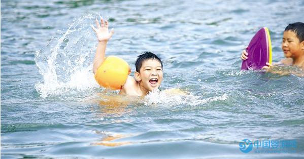 宝宝冬季游泳的好处,你知道多少?