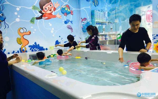 求助:婴儿游泳馆如何吸引顾客办理会员卡