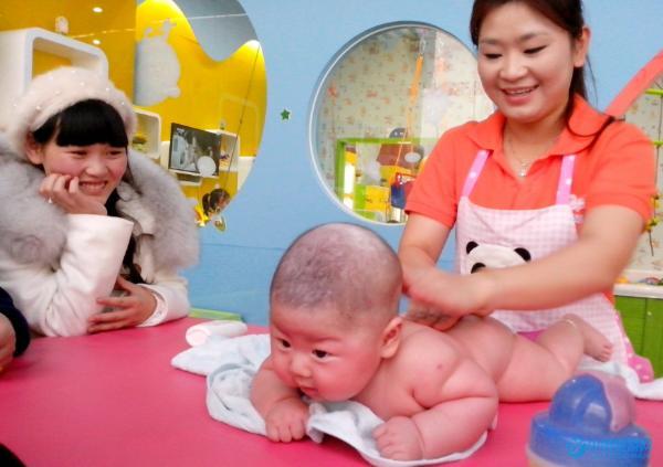 婴幼儿游泳师是一个怎样的职业?需要做什么工作