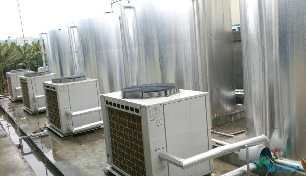 婴儿游泳馆怎么选择功率合适的空气能热水器