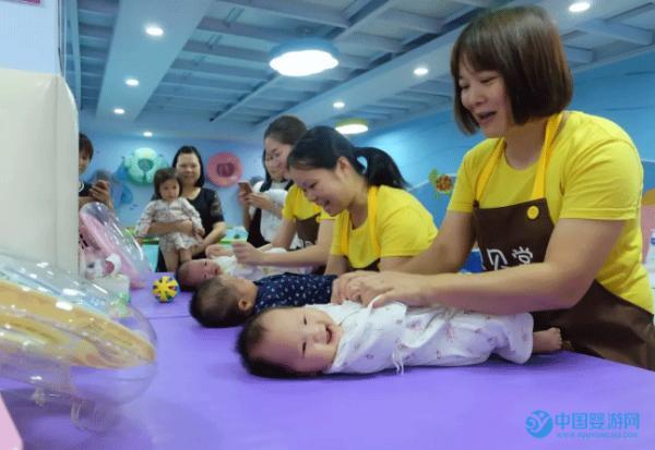 婴儿抚触的好处与顺序