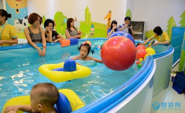 开婴儿游泳馆需要具备的专业知识和技能,全都在这里啦!