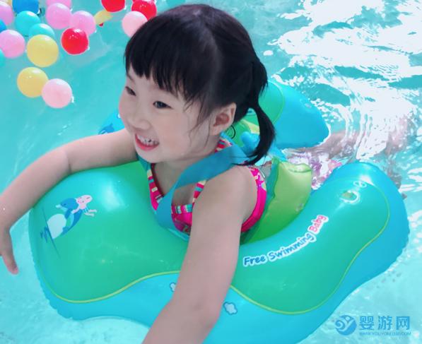 最新发现!婴儿游泳圈选不对,直接影响婴儿游泳的锻炼效果!