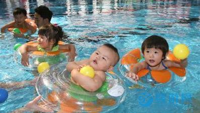 婴儿游泳馆经营大佬的五大妙招,让会员抢着续费