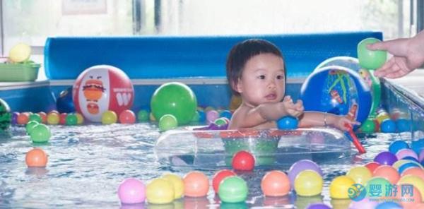 婴儿游泳馆经营管理知识大汇总,五个技巧帮你赚钱!
