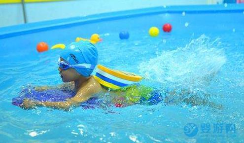 疫情期间,带宝宝进行婴儿游泳的8个注意事项!