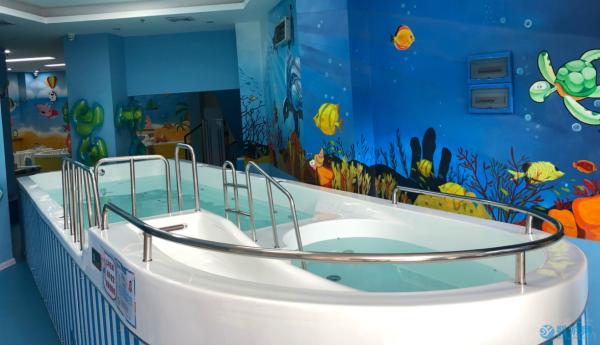 现在着手开婴儿游泳馆合适吗?听听这些建议在动手