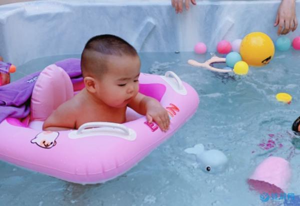 单一清水游泳、洗澡利润低,婴儿游泳馆路在何方