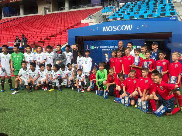 踢球吧少年强!世界杯少年队中俄对抗赛精彩呈现