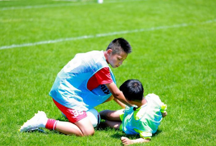球员比赛遇波折,看球员如何走出心里阴霾